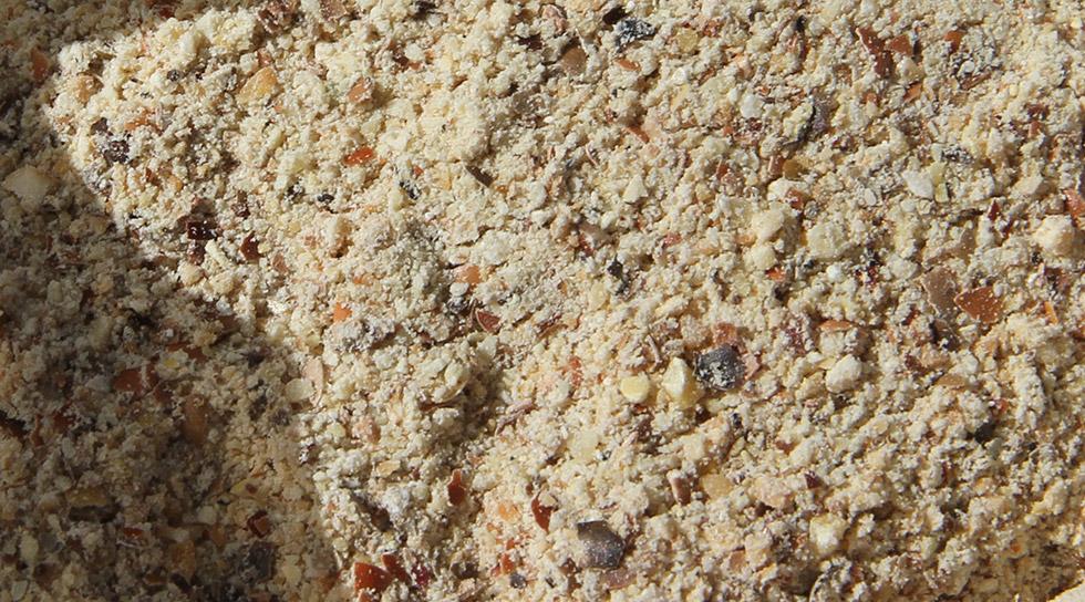 Økogødning af lupin m.m. Bruges til at øge pottemuldens indhold af næringsstoffer.