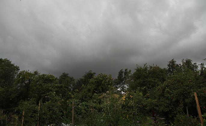 Mørke skyer.
